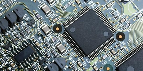 بكالوريوس هندسة الإلكترونيات (مع مرتبة الشرف)