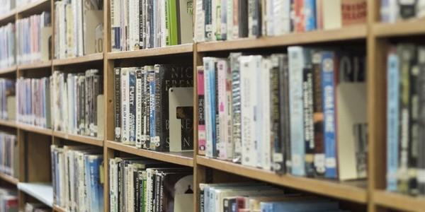 دكتوراه في علم المكتبات والمعلومات - إدارة المعرفة (من خلال البحث)