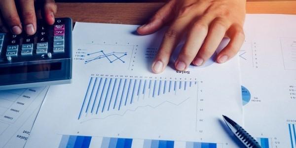 الاقتصاد والعلوم الإدارية برامج (مرحلة تأسيسية)