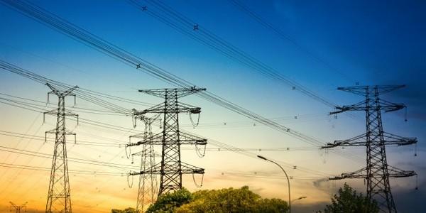 دبلوم في الهندسة الكهربائية والإلكترونيات