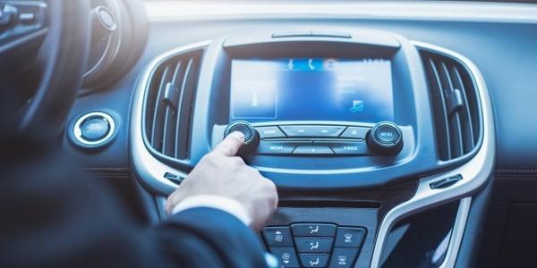 بكالوريوس في التكنولوجيا (مع مرتبة الشرف) في السيارات